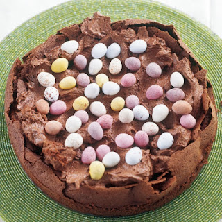 Easter Egg Nest Cake.