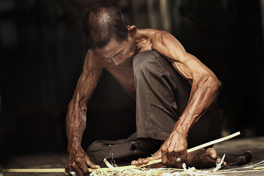 hard working by R'zlley TheShoots - People Portraits of Men ( human interest, senior citizen )