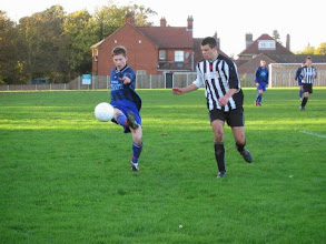 Photo: 12/11/05 v Hindringham (ACL Division 1) - contributed by Leon Gladwell