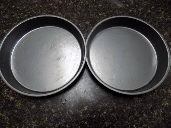 Two 2-9 inch cake pans sprayed
