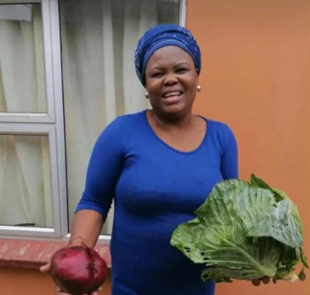 Affectionately known as Aunty Pam , Nombulelo Jantjies,67, collected 55 young people from her community in Egoli Flats and took them to a rehabilitation centre in Durban in 2015. Five years later, she started a community vegetabe garden at the Alphendale Clinic where she sells vegetables with the young people, and also cooks warm meals on Wednesdays for clinic patients and the young people in her community.