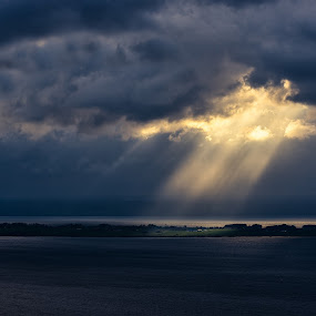 Selective light by Sergei Pitkevich - Landscapes Weather