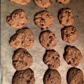 Sunday Night Quickie Chocolate Chip Cookies.