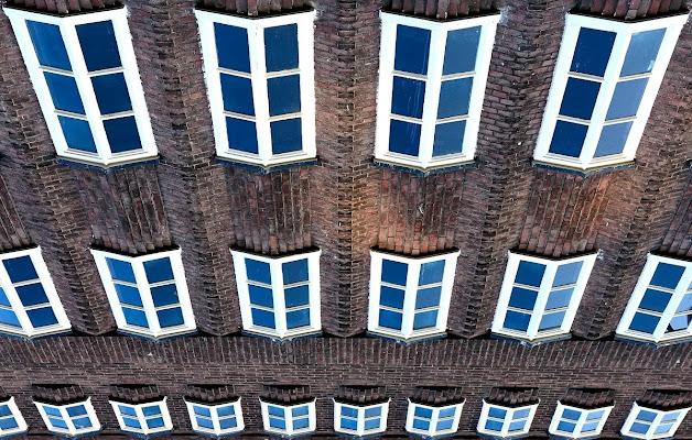 Modello Amsterdam di Luca Mandelli