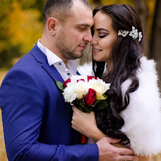 Wedding photographer Nargiza Latypova (photovruki1). Photo of 03.11.2017
