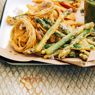 Tara's Crispy Vegetable Pakoras W/ Fresh Green Chutney