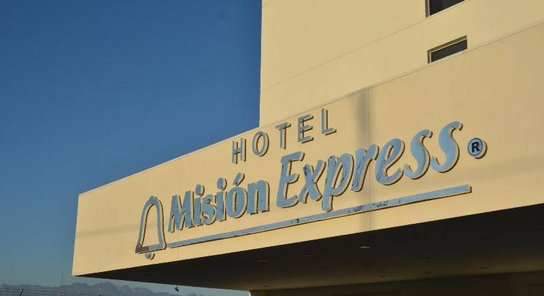 Mision Express Monterrey Aeropuerto La Fe