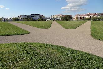 Photo: La croisée des chemins - Parc Urbain (Crédits Emile J.)
