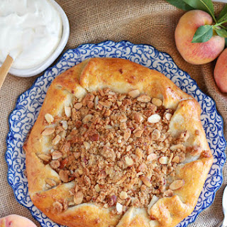 Rustic Peach Pie with Almond Crumble Recipe
