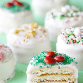 "Nilla Holiday ""Cake"" Bites! {Easy Christmas Recipe}"