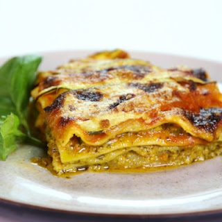Daphne Oz's Light Sausage Lasagna
