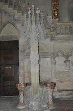 Photo: Katedrála sv. Petra (Dom St.Peter) - místní unikát v podobě chrámové studny.