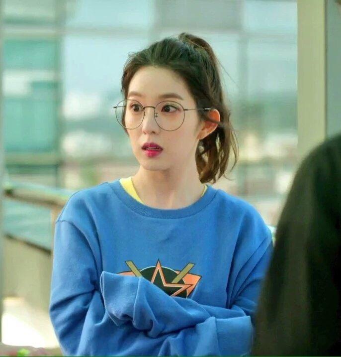irene glasses 17
