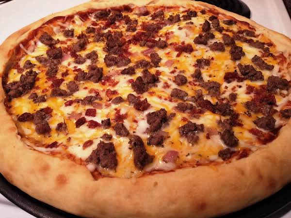 Susie's Bacon Cheeseburger Pizza Recipe