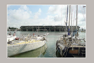 Photo: Base sous-marine