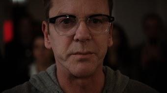 "First Look at ABC's New Wednesday Drama ""Designated Survivor"""