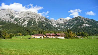 Photo: Několik pohledů na skupinu Dachsteinu během krátkého úseku hezkého počasí ...