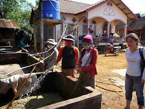 Photo: Laos Reisen, Kaffeeverarbeitung