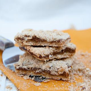 Pumpkin Apple Butter Oatmeal Crumb Bars