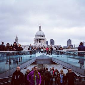 #stpaulscathedral #mileniumbridge #londonpop #londonbylondoners #londonview by Poli Paunova - Uncategorized All Uncategorized