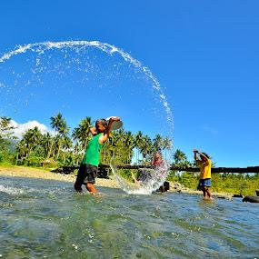Splash! by Jaime Singlador - Babies & Children Children Candids ( pwcsummerfun )