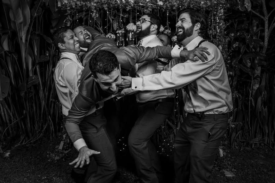 Wedding photographer Leonel Longa (leonellonga). Photo of 03.08.2020