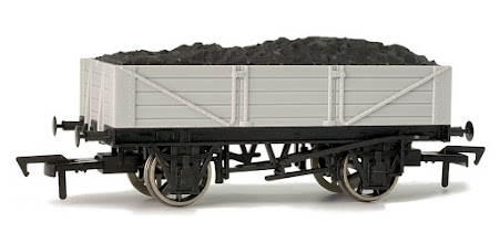 Photo: A005 Unpainted 4 Plank Open Wagon