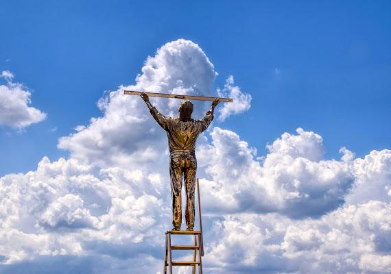 L'uomo che misura le nuvole  di stelli