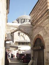 Photo: Julie aime beaucoup les petites arches de style ottoman..