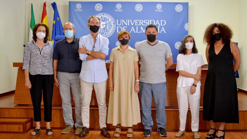 Presentación de los detalles de la tercera edición de PhotoEspaña en Almería esta mañana en la UAL.