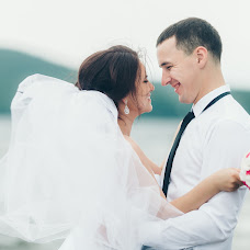 Wedding photographer Elena Kazachenko (Omen). Photo of 11.11.2015