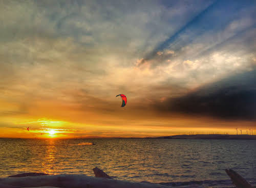 Best Adventurous Things to Do In California // Kiteboarding in Sherman Island at Sunset