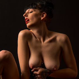 Stella in ecstasy by Shawn Crowley - Nudes & Boudoir Artistic Nude