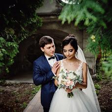Wedding photographer Oleksandr Yakonyuk (Sanni). Photo of 10.10.2018