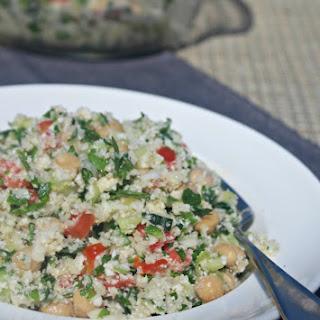 Cauliflower Tabbouleh with Chickpeas #SundaySupper.