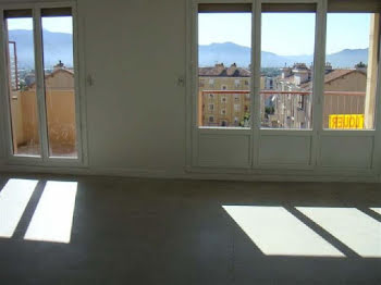 appartement à Aubagne (13)