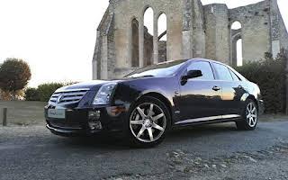 Cadillac Sts Rent Bourgogne-Franche-Comté
