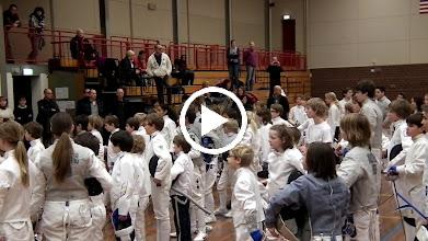 Video: stukje van de minuut stilte