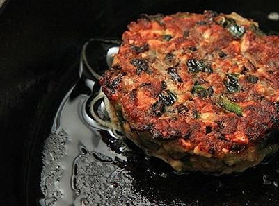 Divide the meat mixture into 4-6 equal portions (about 6 ounces each). Form each...