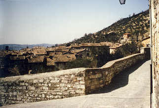 Photo: The town gubbio is 522 meters high, in the Appenin.