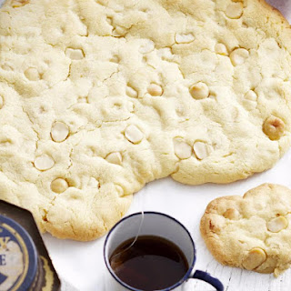 Macadamia Nut and Rum Shortbread