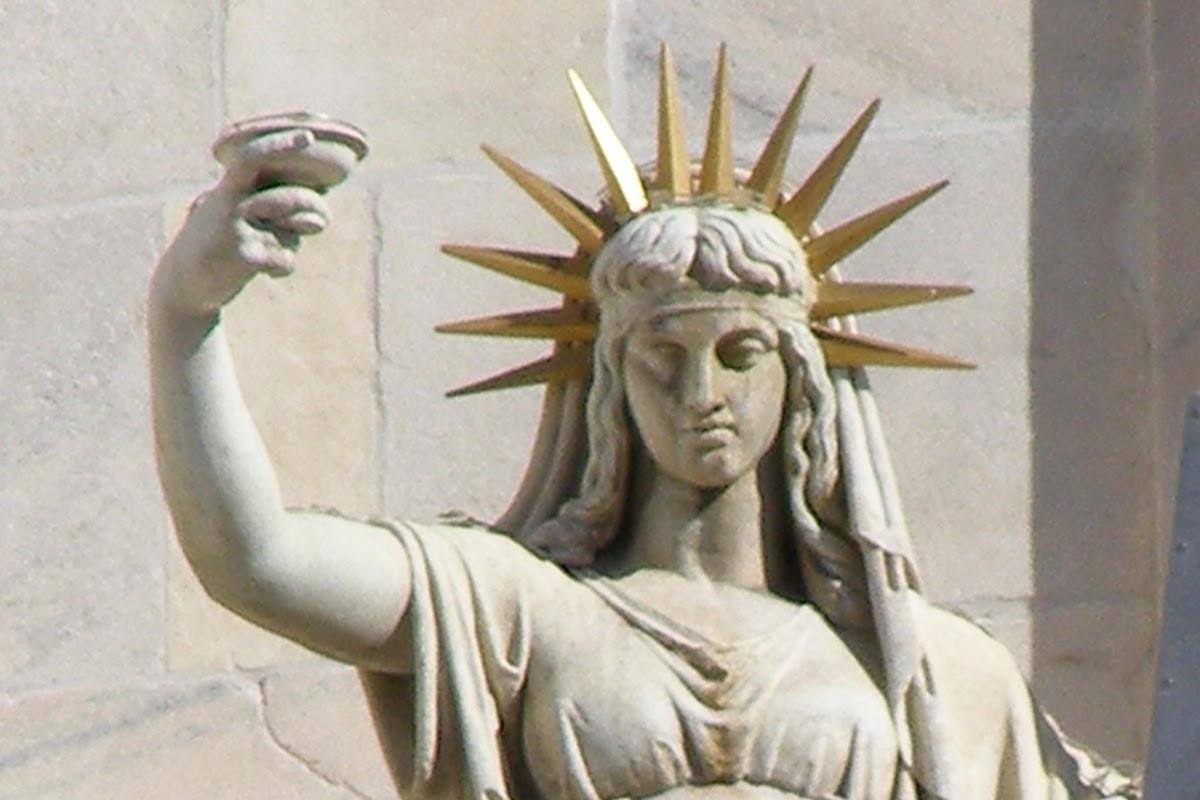 Camillo Pacetti, La statua della Legge Nuova sulla facciata del duomo di Milano, 1810, Duomo di Milano, Milano