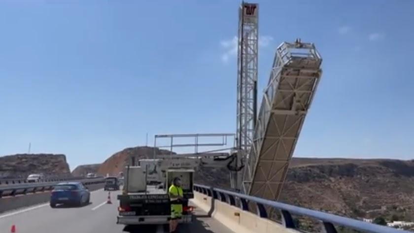 Obras en el Barranco del Caballar, en plena autovía A7.