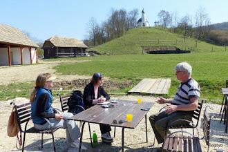 Photo: A Wass Albert Emlékoldal szerkesztőjével; Bartha Katával  - http://www.wassalbert.eu/ - a házigazdánál: Bethlen Farkasnál