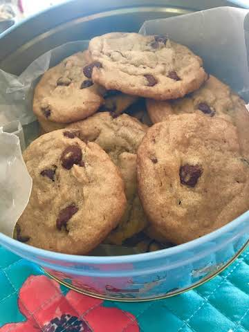 Chocolate chip cookies---no nuts
