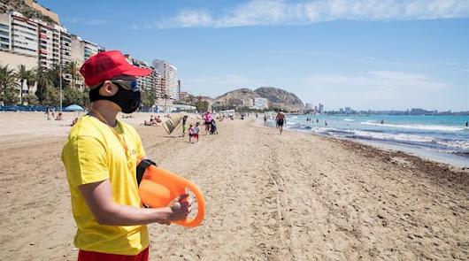 Las 660 ofertas de empleo en las playas de Almería, municipio a municipio