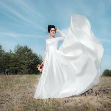 Wedding photographer Olya Poduta (olavolina). Photo of 13.12.2018
