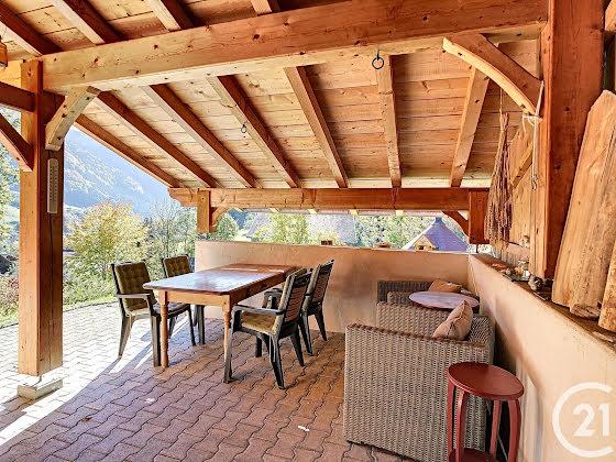 Vente maison 6 pièces 246,18 m2