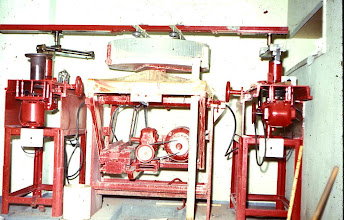 Photo: Grinding machine with 30 inch mirror