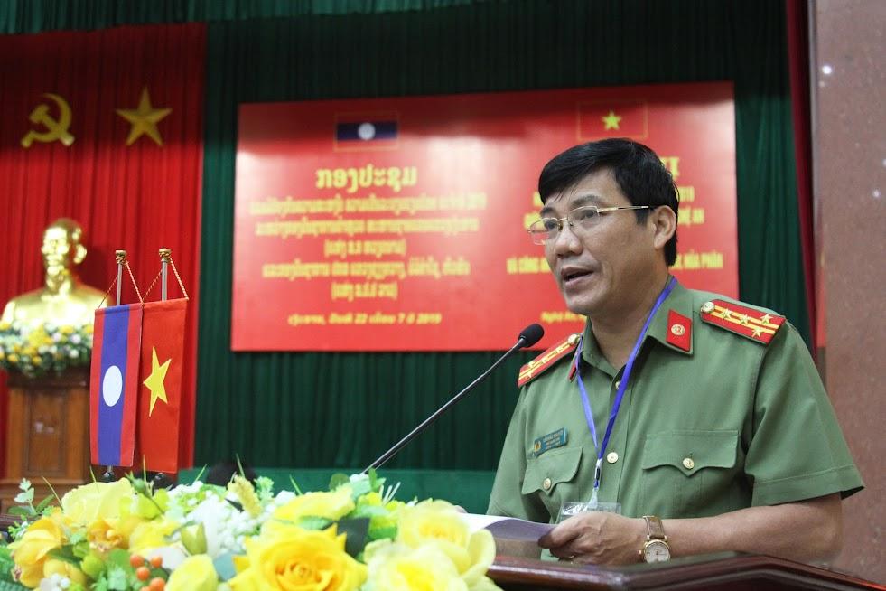 Đồng chí Đại tá Lê Khắc Thuyết, Phó Giám đốc Công an tỉnh khai mạc hội nghị